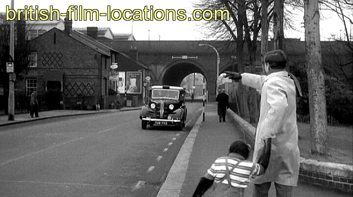 british filming location from carry on regardless 1961 francis tries to catch a taxi. Black Bedroom Furniture Sets. Home Design Ideas